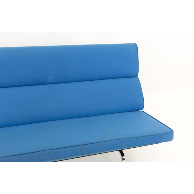 Eames for Herman Miller Mid Century Modern Compact Daybed Sofa For Sale In Chicago - Image 6 of 13