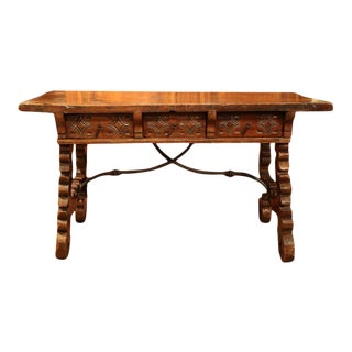 18th Century Spanish Carved Walnut Table For Sale