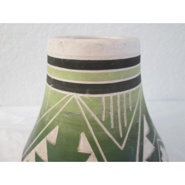 Vintage South Dakota American Indian Pottery Vase For Sale In West Palm - Image 6 of 8