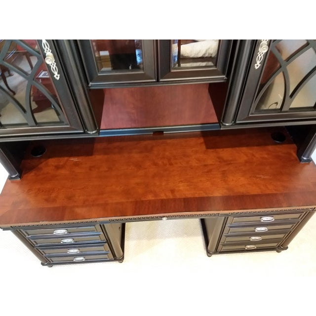 Early 21st Century Home or Office Desk Credenza Hutch Combination - a Great Piece in Great Condition at a Great Price For Sale - Image 5 of 13