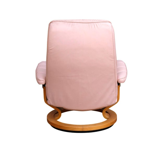 """Ekornes Pink Leather """"Stressless"""" Recliner & Ottoman For Sale - Image 5 of 9"""