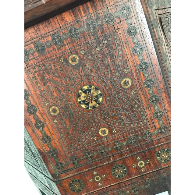Old Morrocan Inlaid Mother of Pearl, Bone & Multi Wood Octagonal Occasional Side Table For Sale - Image 9 of 13