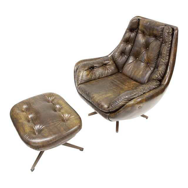 Mid Century Modern Carter Lounge Chair and Ottoman For Sale