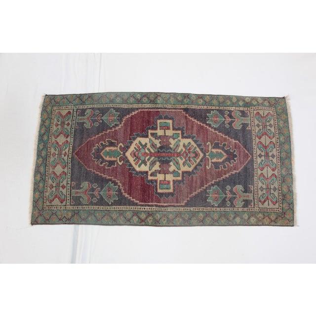 1960s Vintage Turkish Handmade Rug - 1′8″ × 3′1″ For Sale - Image 11 of 11