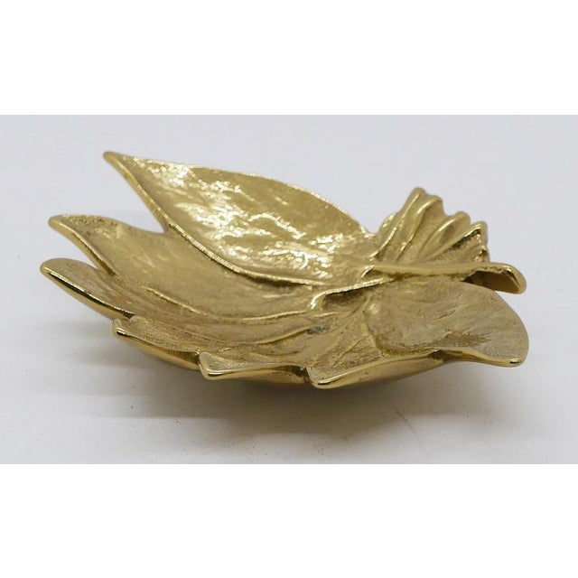 """Mid-Century Modern """"Sage"""" Virginia Metalcrafters Brass Dish For Sale - Image 3 of 6"""