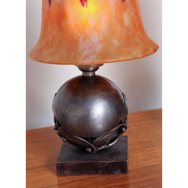 Pair of Edgar Brandt & Daum Art Deco Table Lamps For Sale In New York - Image 6 of 10