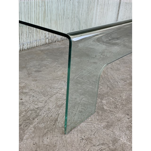 20th Century Mid-Century Modern Rectangular Curved Glass Coffee Table For Sale - Image 9 of 11