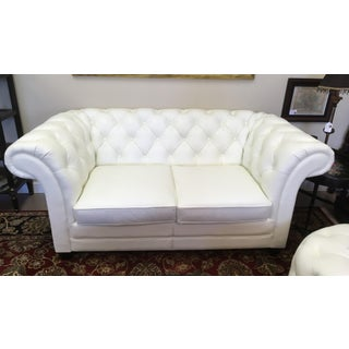 Modern Lazzaro Chesterfield White Loveseat Preview
