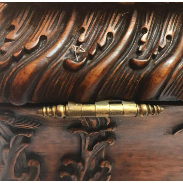 1990s Maitland-Smith Carved Mahogany Hinged Tea Caddy Box For Sale In Philadelphia - Image 6 of 13