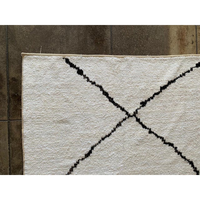 """Contemporary Morrocan Style Hemp Black & White Rug - 12' X 8' 8"""" For Sale - Image 3 of 5"""