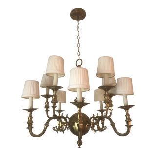 1970s Antique Colonial Williamsburg 10 Arm Brass Chandelier For Sale