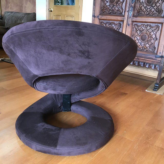 Hollywood Regency Mid Century Hollywood Regency Swirl Chair For Sale - Image 3 of 5