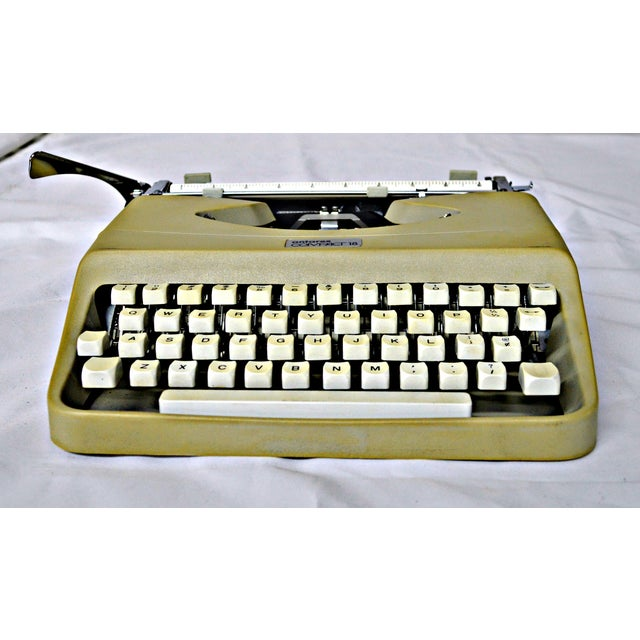 Italian Typewriter With Portable Case - Image 5 of 10