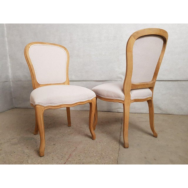 Set of 8 Louis XV French Natural Oak Dining Chairs Upholstered in Belgian Linen For Sale - Image 4 of 13