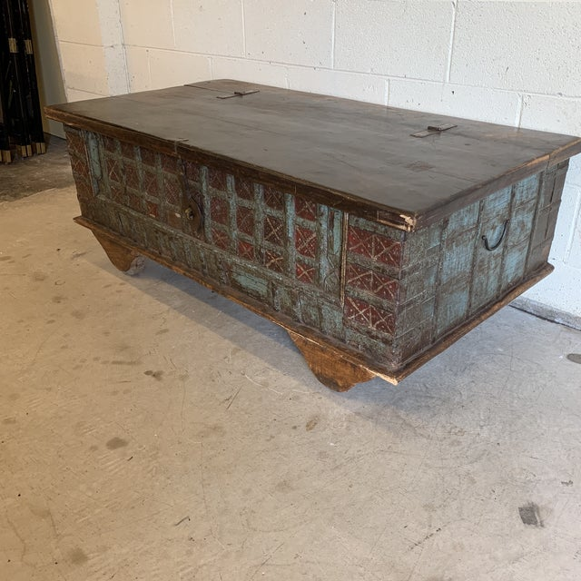 Fab trunk that would make an even more fab coffee table! I do not know it's age, but it's i. Very good shape. Nice heavy...