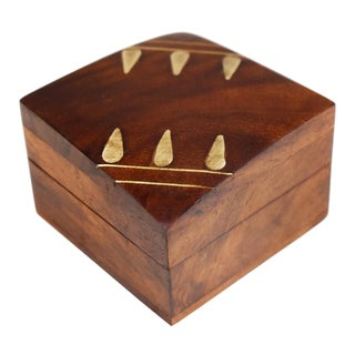 Vintage Hand Made Carved Inlaid Ring Jewelry Wooden Box For Sale