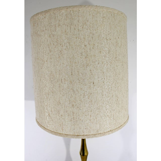 Mid-Century Modern Laurel Brass and Wood Floor Lamp With Original Shade, 1960s For Sale In Detroit - Image 6 of 8