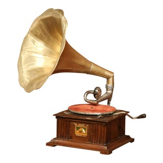 "Early 20th Century English ""His Master's Voice"" Gramophone From Hayes Middlesex For Sale"