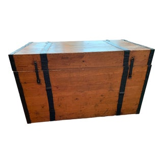 1900's Vintage Pine Chest For Sale