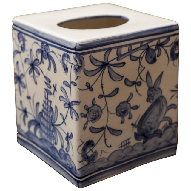 French Country 1960s Vintage Blue & White Tissue Box For Sale - Image 3 of 4