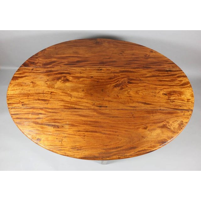 George III Mahogany Drop-Leaf Hunt Table For Sale - Image 5 of 7