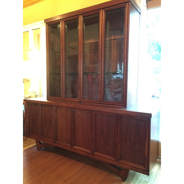 1960s Mid-Century Modern Walnut Credenza Hutch For Sale - Image 12 of 13