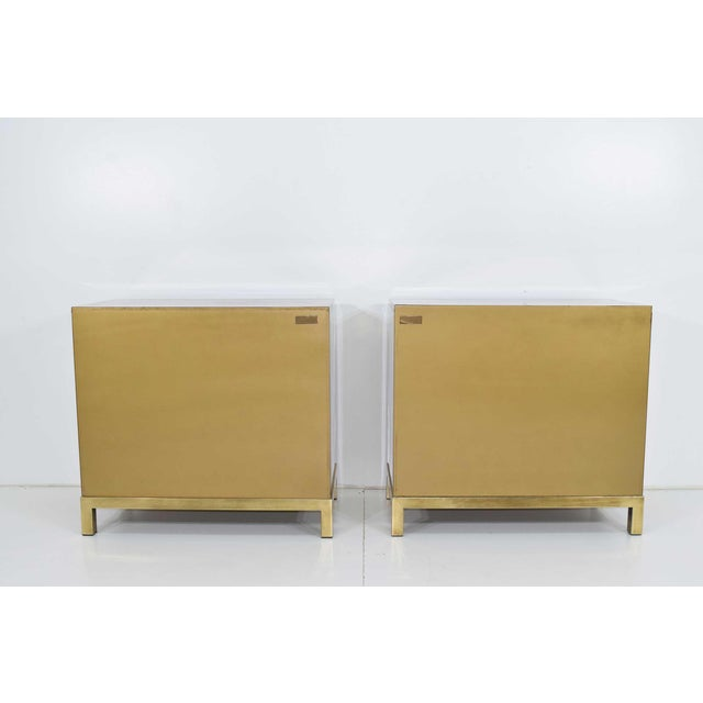 "Mastercraft Mastercraft ""Four Dynasty's"" Brass Veneer Commode Nightstands Chests - a Pair For Sale - Image 4 of 13"