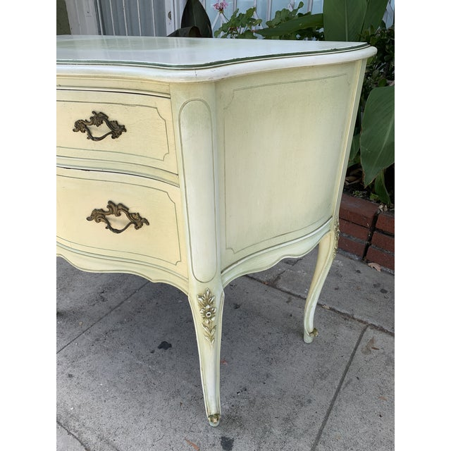 French Chest of Drawers For Sale - Image 4 of 12