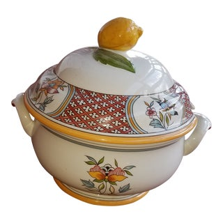 Vintage Villeroy and Boch Normandie Pattern Porcelain Tureen With Lemon Finial For Sale