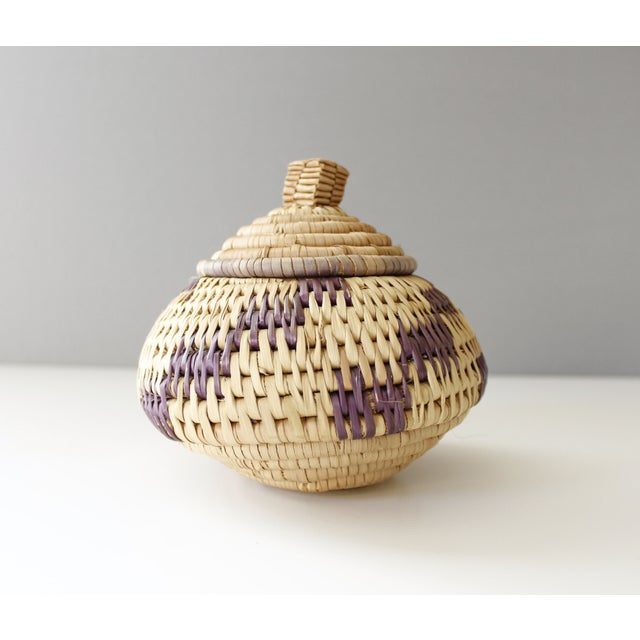 Vintage Woven Coil Basket With Round Purple Lid - Image 3 of 6