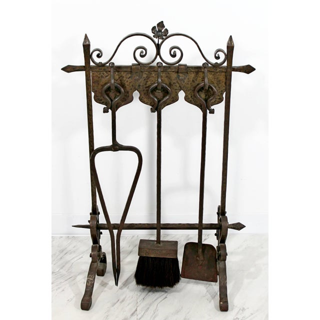 1940s Vintage French Art Deco Wrought Iron Fireplace Tool Set - 4 Pieces For Sale - Image 10 of 10