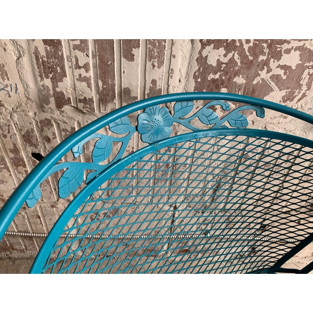 Russell Woodard Vintage Wrought Iron Patio Set in the Manner of Russell Woodard For Sale - Image 4 of 9