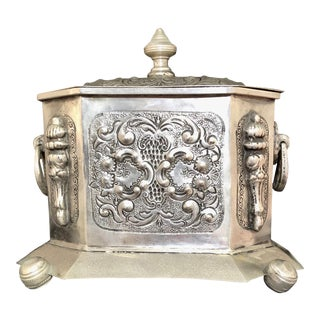 Early 20th Century Moroccan Silver Tea Box With Repousse & Engraving, Stamped For Sale