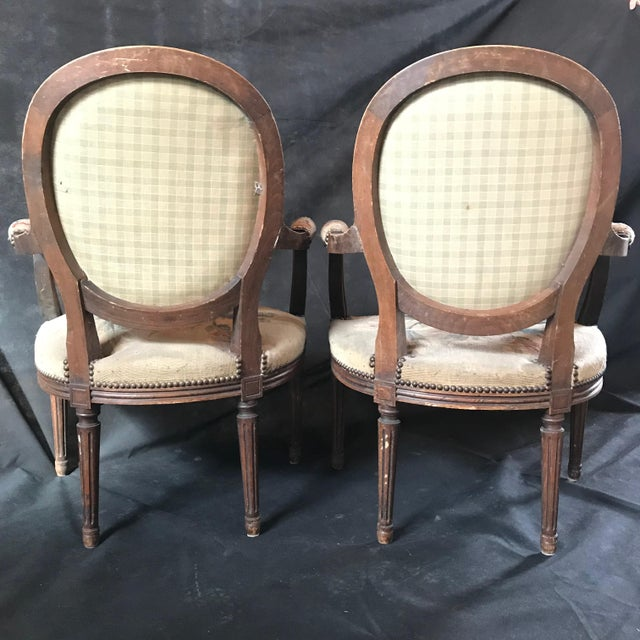 French Period French Walnut Louis XVI Antique Carved Tapestry Fauteuils - a Pair For Sale - Image 3 of 9