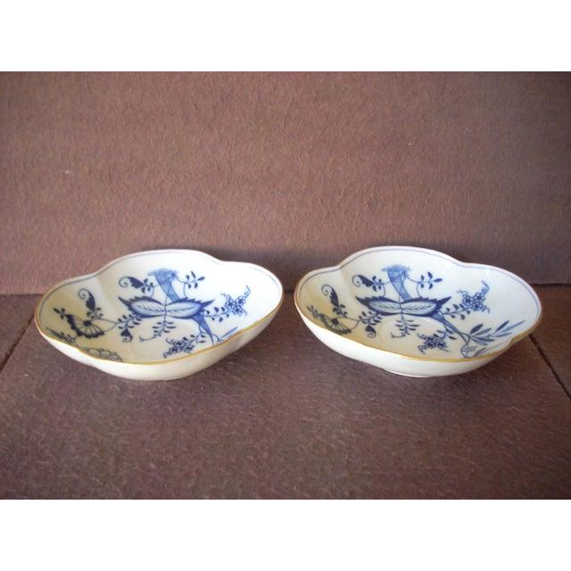Meissen Porcelain Meissen Bowls - a Pair For Sale - Image 4 of 4