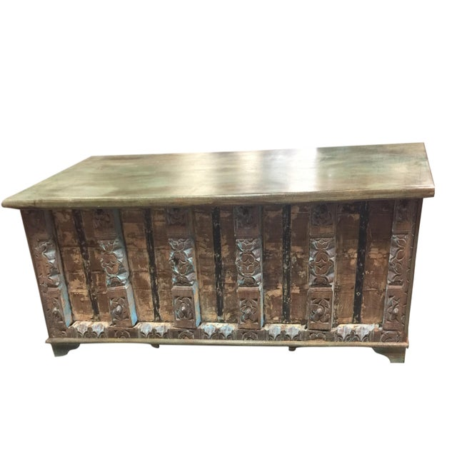Vintage Distressed Natural Wood Trunk Table For Sale - Image 4 of 4