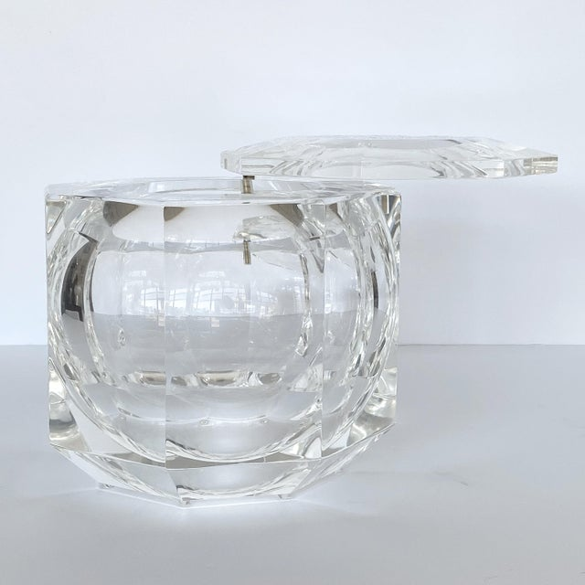 Lucite Ice Bucket by Alessando Albrizzi For Sale In Chicago - Image 6 of 9