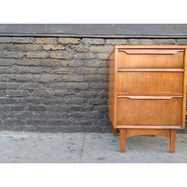 Kroehler Kroehler Mid-Century Modern Desk For Sale - Image 4 of 7