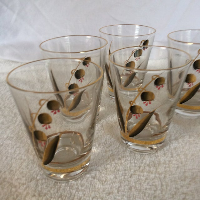 Beautiful Mid-Century Modern Hand Blown & Hand Painted With 22 Kt Gold Coral Bells Floral Design - Set of 6 For Sale - Image 9 of 13
