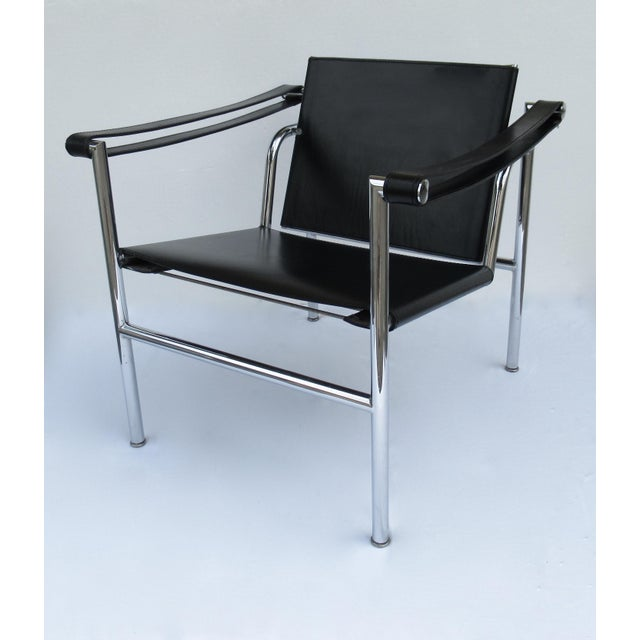 C.1950s-60s Le Corbusier LC1 Basculant Chrome & Black Saddle Leather Sling Lounge Chair For Sale - Image 13 of 13