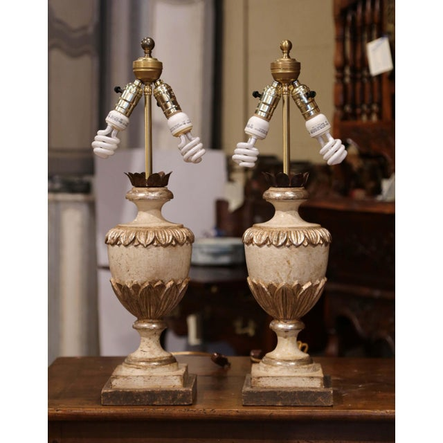 Italian Italian Carved Wood Polychrome and Painted Urn Shape Table Lamps - a Pair For Sale - Image 3 of 13
