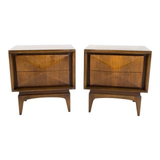 Mid-Century Modern United Furniture Diamond Walnut Nightstands - a Pair For Sale