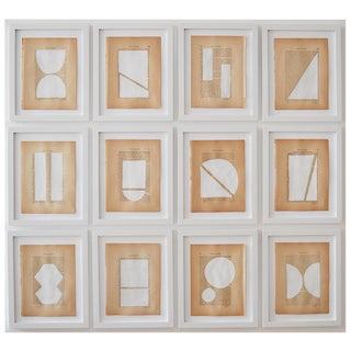Josh Young Design House - 12 Piece Blanc Géométrique Collection For Sale