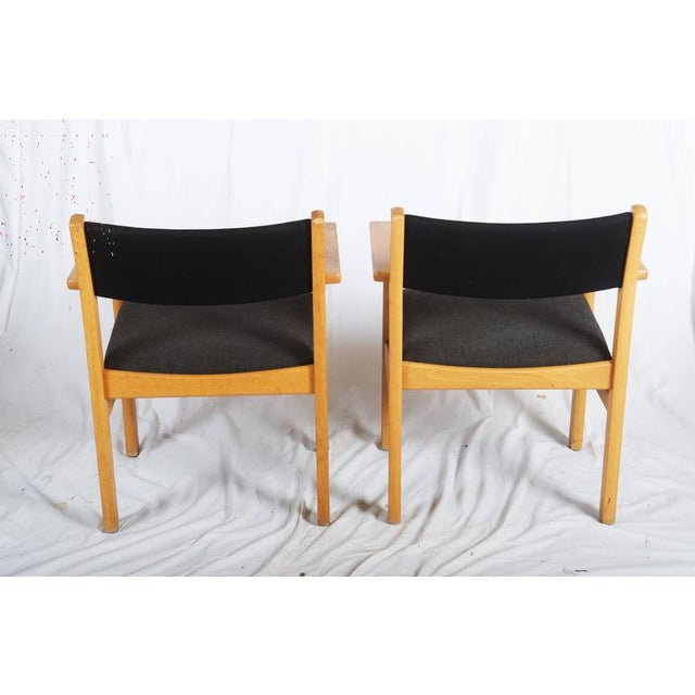 1960s Vintage Armchairs by Hans J. Wegner for Getama - A Pair For Sale - Image 5 of 7