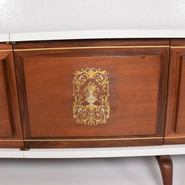 Stunning and Rare Mid-Century Modernist Custom Credenza, Mexico, 1950s For Sale In San Diego - Image 6 of 12