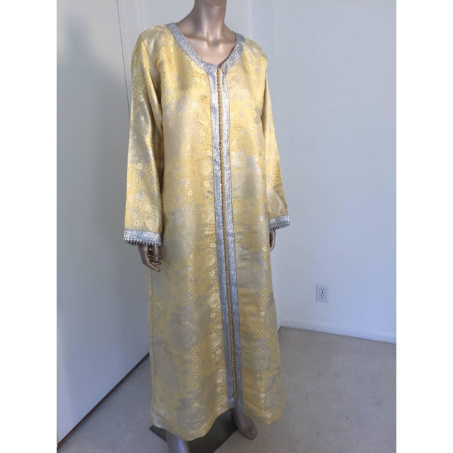 Metallic Gold and Silver Brocade 1970s Maxi Dress Caftan, Evening Gown Kaftan For Sale - Image 10 of 10
