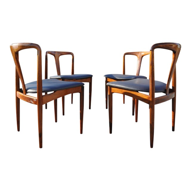 1960s Vintage Johannes Andersen Brazilian Rosewood Danish Chairs- Set of 4 For Sale