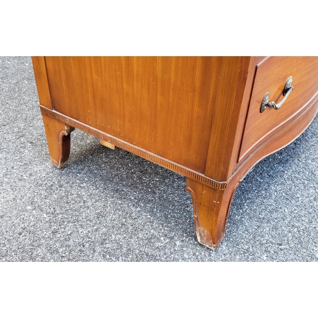 Vintage 1950s Satinwood Mahogany Bedroom 6 Graduated Chest of Drawers For Sale In New York - Image 6 of 12