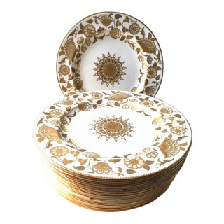 Tiffany Gold & White Dinner Plates - Set of 12 For Sale