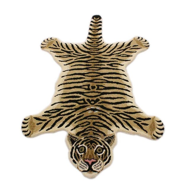 Contemporary Decorate Wild Animal Design Handcuffed Area Rug- 3′ × 5′ For Sale - Image 9 of 9